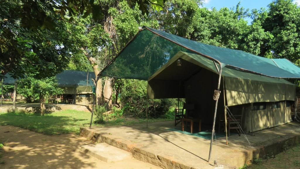 Croc Valley River Tents
